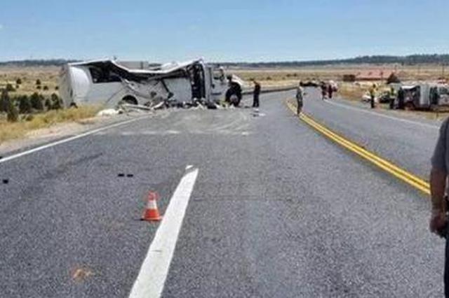 美国犹他州大年夜巴车祸造成4人逝世亡 仍有18人在本地治疗