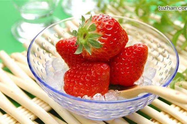 草莓上市每斤售价40至50元 12月至来岁1月价格降低