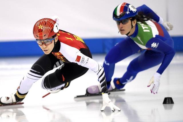 短道速滑世界杯上海站:范可新、韩天宇夺冠