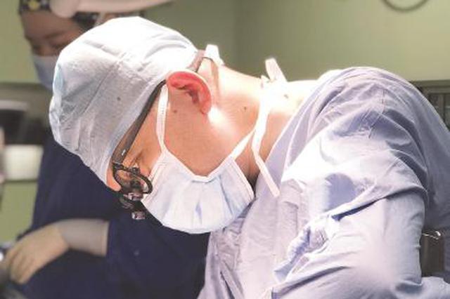 女童求医近四年在沪获治 肝移植爱心手术抢救缺酶患儿