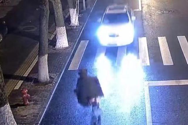 上海一男子醉驾肇事逃逸躲家中 被民警上门抓获