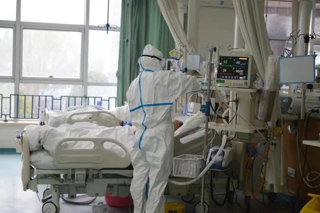 改善医务人员职业现状 关爱白衣天使从我们做起