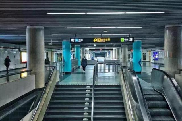 上海5条地铁线为何提前停止运营:客流人手等身分叠加