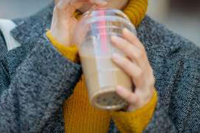 上海一山寨奶茶公司年售1亿杯 商标侵权被判赔300万元