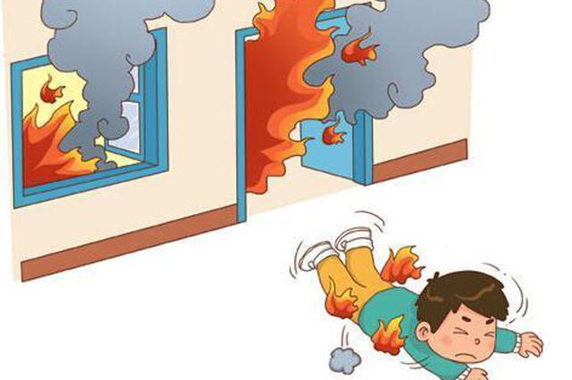 上海虹口区广灵四路某小区火灾过后 暴露管理短板
