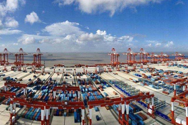 前5月上海外贸出口增2.3% 集成电路、手机出口大幅增长