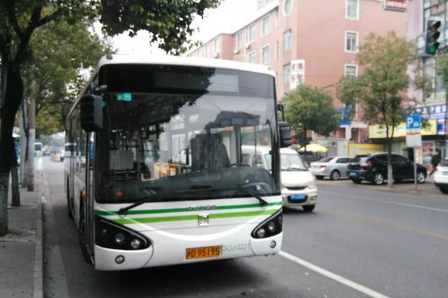 提前配足运能 公交企业全力护航高考学子