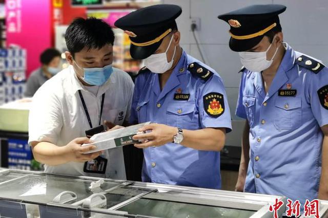 上海市市场监管局开展厄瓜多尔问题冻虾检查