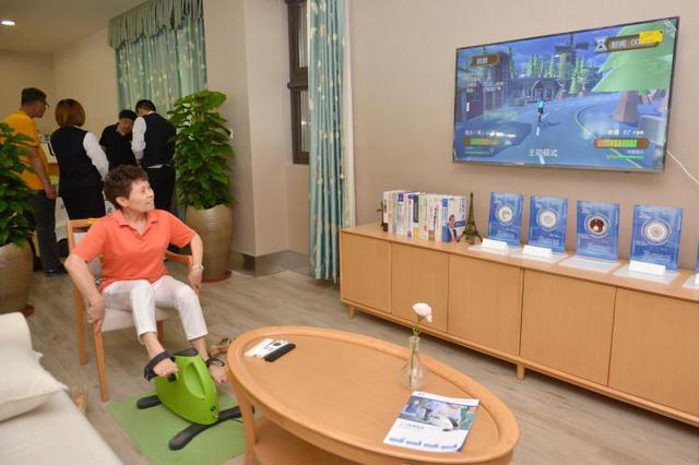 上海首创在社区嵌入养老服务 织就幸福养老的大网