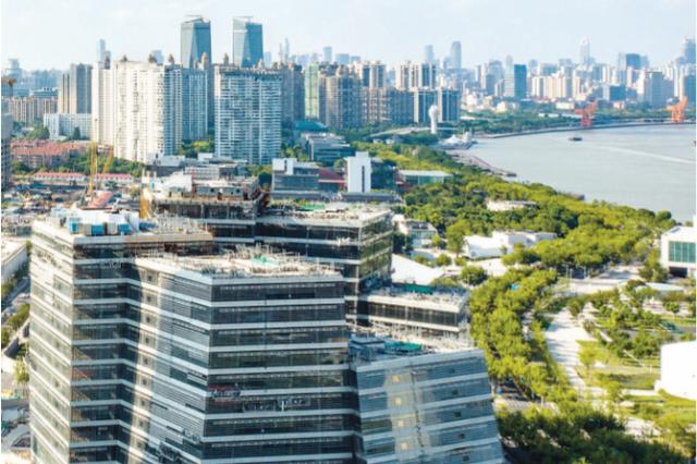 上海构建国际艺术品交易中心 新地标西岸艺岛结构封顶