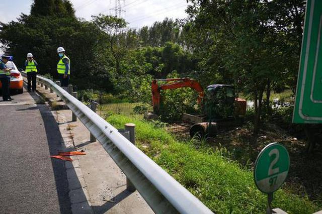 沪交通执法部门查处一起未经许可涉路施工违法案件