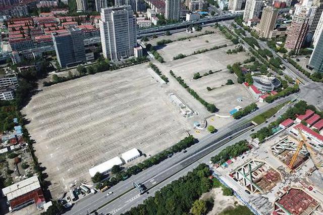 进博会龙华中路临时停车场正式启用 运营防疫两不误