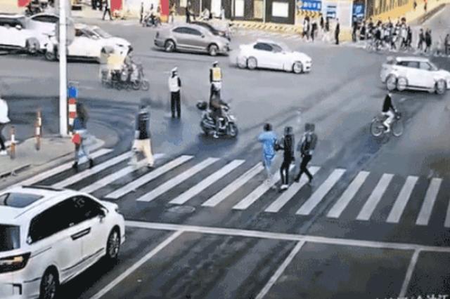 上海二中院受理大渡河路金沙江路5死7伤交通事故案