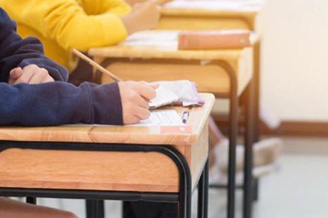 感染病专家胡必杰:中学生学习压力大是肺结核易感人群