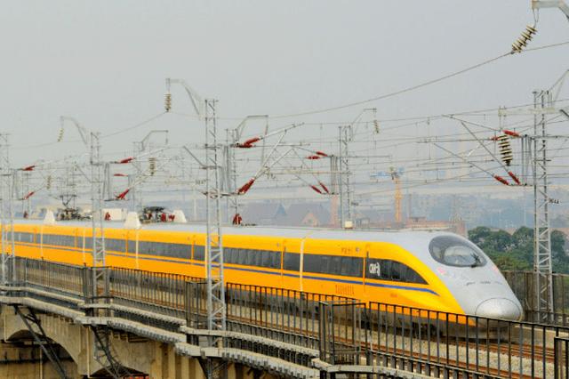 盐通铁路高速检测车首次试跑 预计今年年底开通运营