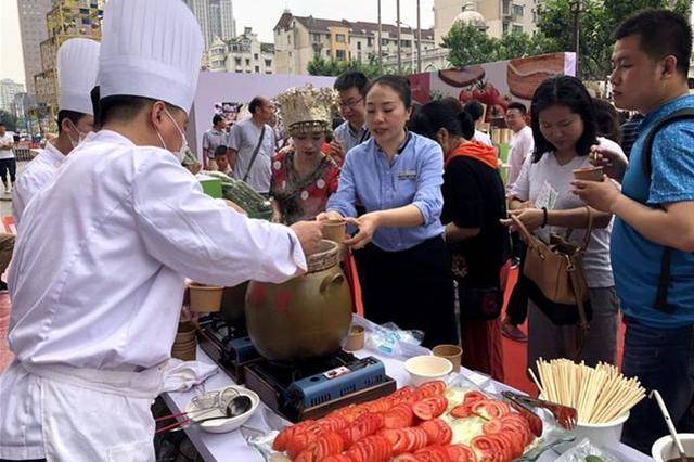 沪贵两地达成黔菜入沪蔬菜订单种植和销售采购合作