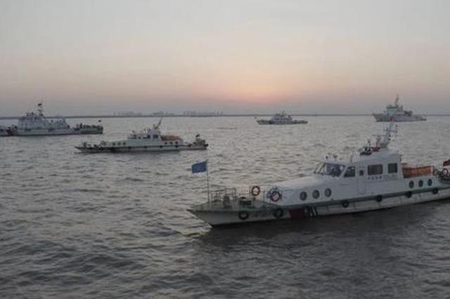 护航长江口专项治理行动打响 一晚查扣涉嫌违法船舶4艘