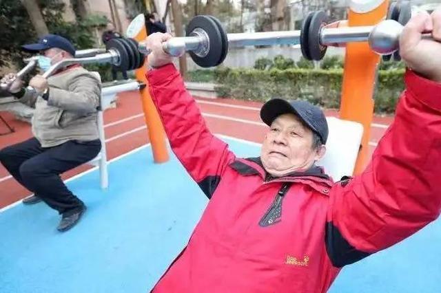 上海今年将新建改建600个益智健身苑点 多功能球场80个
