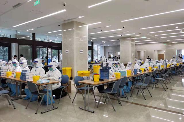 上海各大医院今天全院全员核酸检测