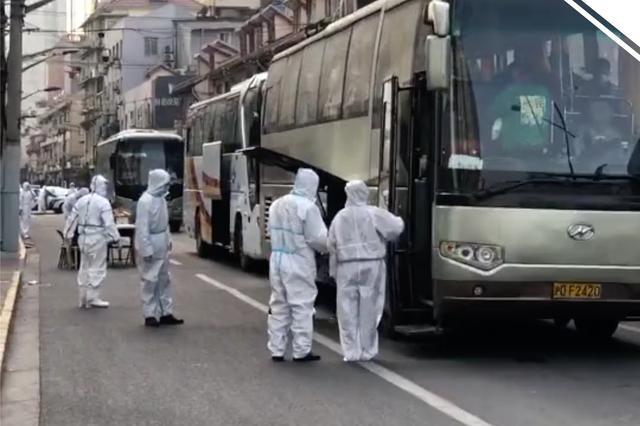 上海昭通路居民区实施封闭管理 直击居民闭环转运现场