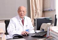 沪95岁医生获评最美医生