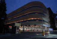 逸仙路停车场强光灯换成柔光灯