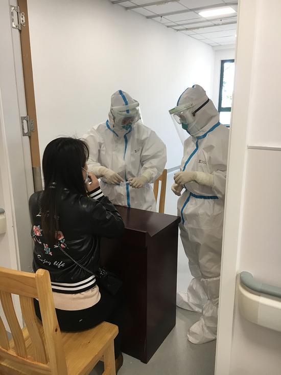 青浦首批企业员工完成核酸采样 次日上午拿检测报告