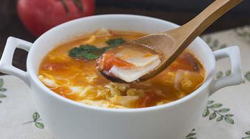 西红柿鸡蛋年糕汤