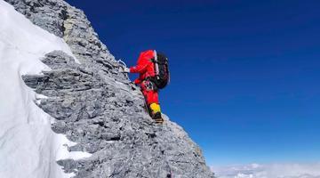 23张照片再现珠峰登顶全程