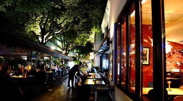 上海老外街的繁华夜市