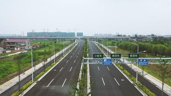 6月28日,连接嘉定区和太仓市的城北路正式开通。本文图片均为上海市交通委 供图