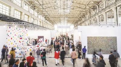 从冬到夏,四季更替,来西岸看展览已成为都市人文化生活的一部分。(均西岸集团供图)