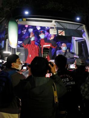 上海援鄂医疗队首批队员解除隔离