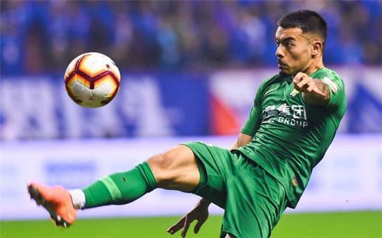 国足五一长假后上海集训 李可、洛国富等球员有望入选