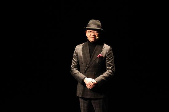 小艺的朋友:夏磊 著名上海电视台主持人,制片人