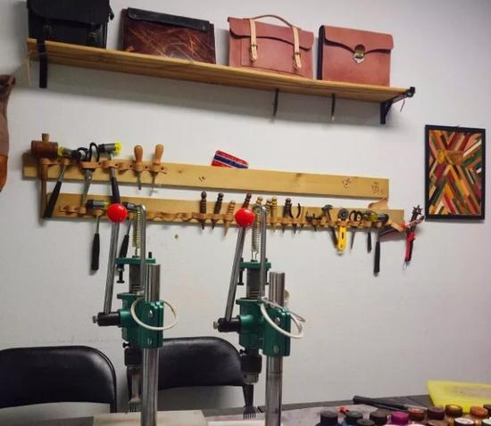 鸟人皮具DIY实验室