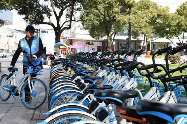 共享单车骑行数据:上海市民骑行时间最早