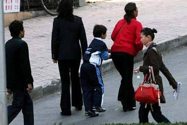 亲生父母将孩子租给犯罪团伙牟利 有家庭为此超生