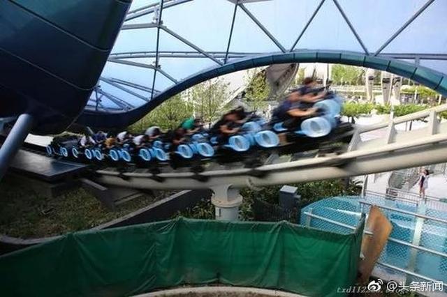 上海迪士尼天价插队费:VIP团额外付2.4万能免排队