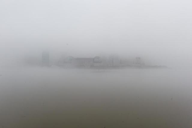 申城部分地区将现浓雾 双休日最高温维持20℃以上