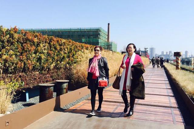 春暖花开吸引大批市民出门踏青 滨江沿线成休闲新去处