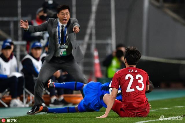 上港亚冠客场力克蔚山现代 连续3年小组提前出线