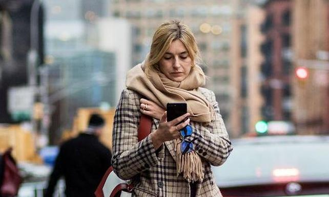 潮人最爱的格式时髦围巾