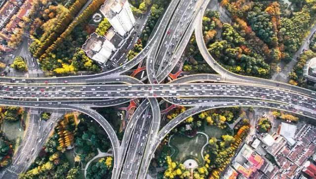 沪将遇大雪道路养护单位24小时值班 加强路网实时监控