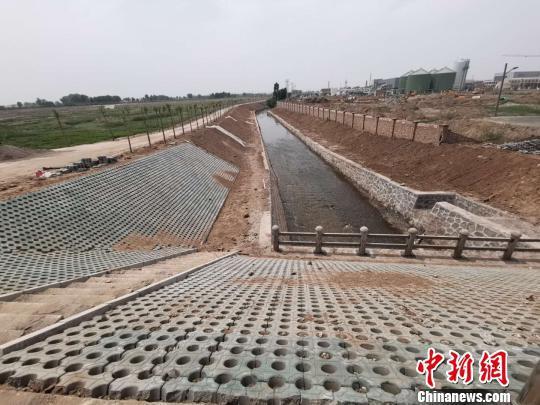 清徐县开展了汾河、潇河、东湖退等17条河渠的治理,黑臭水体和断面水质得到有效改善。太原官方供图