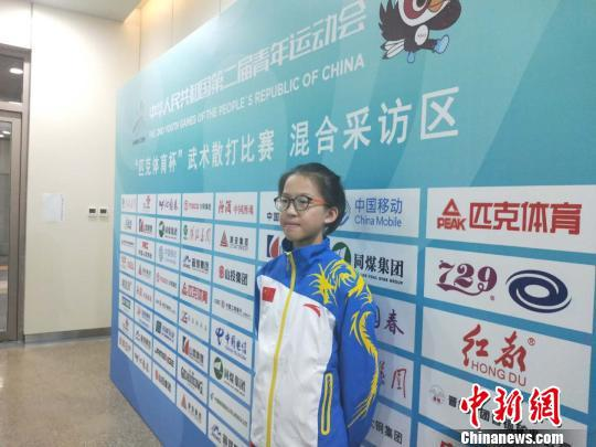 来自江西省鹰潭市少年儿童体育学校的运动员饶天瑜。 杨佩佩 摄