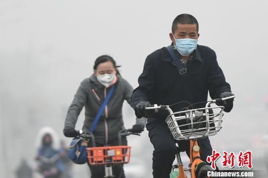 今起至3月6日,山西省将出现一次重污染天气过程,PM2.5小时浓度峰值可能达到150-200微克/立方米。 武俊杰 摄