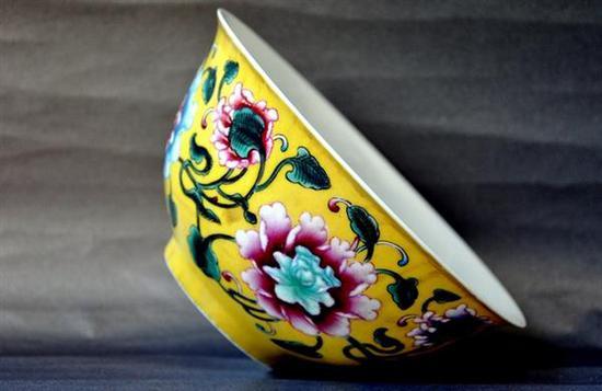 清代瓷器及瓷胎画珐琅