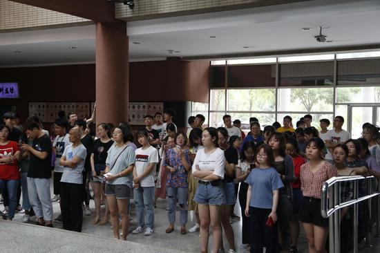 本次展览由敦煌研究院、中国敦煌石窟保护研究基金会、山西大学联合主办。