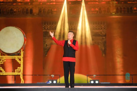著名歌手韩磊献唱《再一次出发》